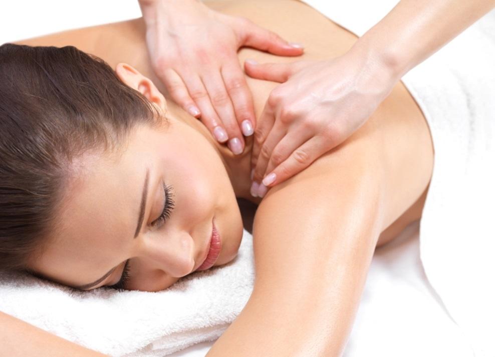 De ce este bun masajul cervical?