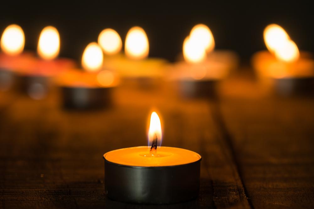 De ce familiile indoliate isi incinereaza decedatii?